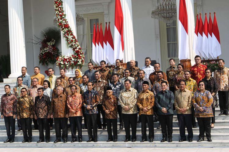 """Ancaman """"Reshuffle"""" Kabinet Jokowi: Serius atau Hanya Gimmick?"""